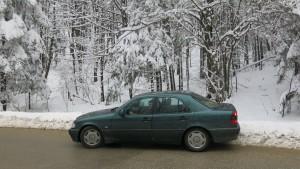 Schnee auf dem Pass