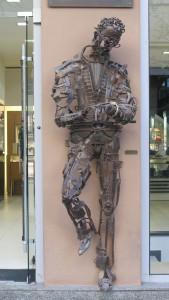 Skopje Statue Mann mit Uhr